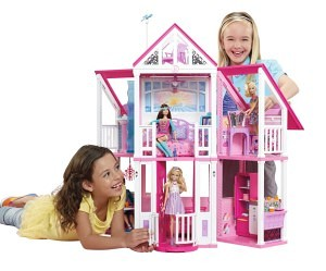 Barbie Malibu Dreamhouse at play